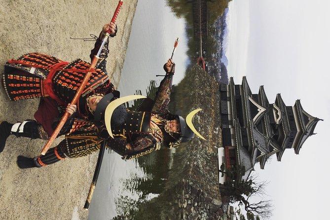 Kimono & Ninja Costume Rental in the Castle Town of Matsumoto, Nagano, JAPÃO