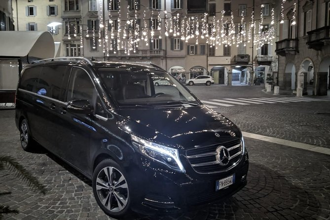 Book your Private Departure Transfer from Formia to Fiumucino Rome Airport (FCO).<br><br>Your driver will be waiting for you at a scheduled time and you will travel comfortably to your destination.<br><br>• Meeting with a Nameplate<br>• We track your Flight<br>• Door-to-door Service<br>• No Hidden Charges<br>• Clean cars & Professional drivers