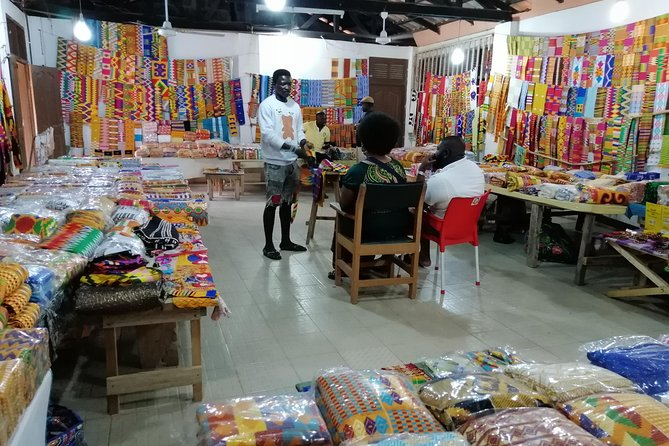 We here to help you to discover kumasi and its surrounds in a very beautiful way with a trusted tour guide.