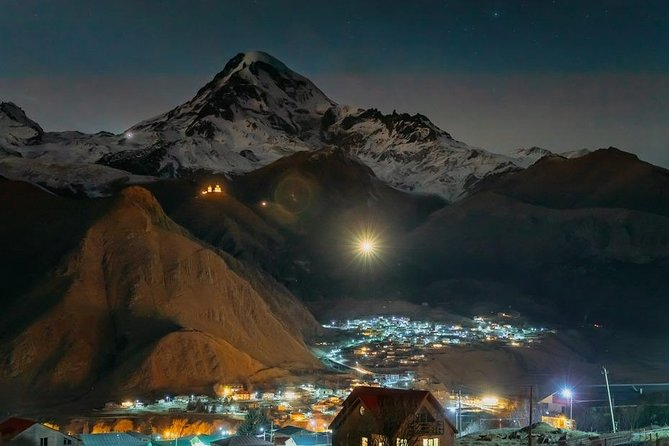 Explore Kazbegi and Gergeti Trinity church, surrounded by magical mountain peaks and stunning valleys. Discover stunning slopes of Gudauri and experience incredible skiing adventure!