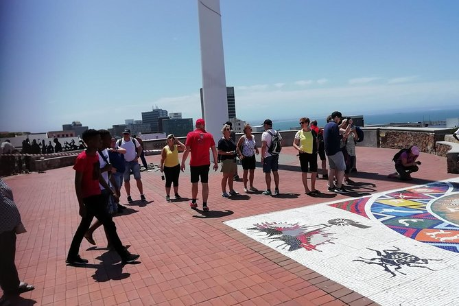 The City tour is more than just visiting Museums and Old Buildings --- we will take you to a number of points of interest and we will, if it works out, do some walking and exploring as well. <br><br>Our guides are familiar with all of Port Elizabeth and surrounding areas and are willing to adapt this tour to your particular needs. <br>