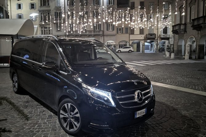 Book your private transfer from Gaeta to Rome.<br><br>Your driver will be waiting for you at a scheduled time and you will travel comfortably to your destination.<br><br>• Meeting with a Nameplate<br>• We track your Flight<br>• Door-to-door Service<br>• No Hidden Charges<br>• Clean cars & Professional drivers<br><br>