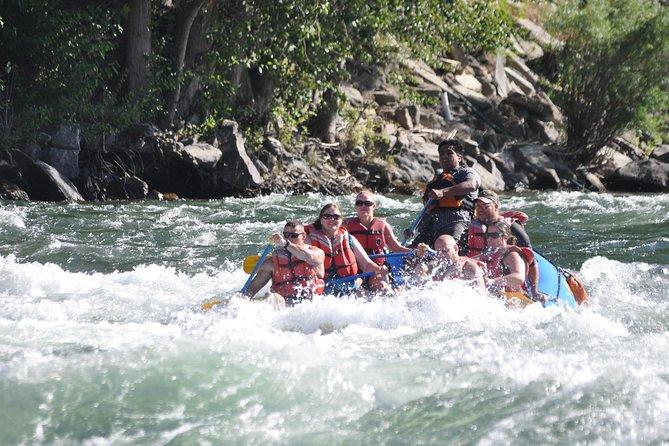 MÁS FOTOS, Wenatchee River Class 3 Whitewater Rafting Adventure