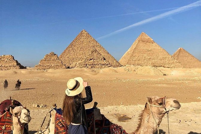 Half-Day Tour to Giza Pyramids Sphinx : Camel Ride Included, Guiza, EGIPTO