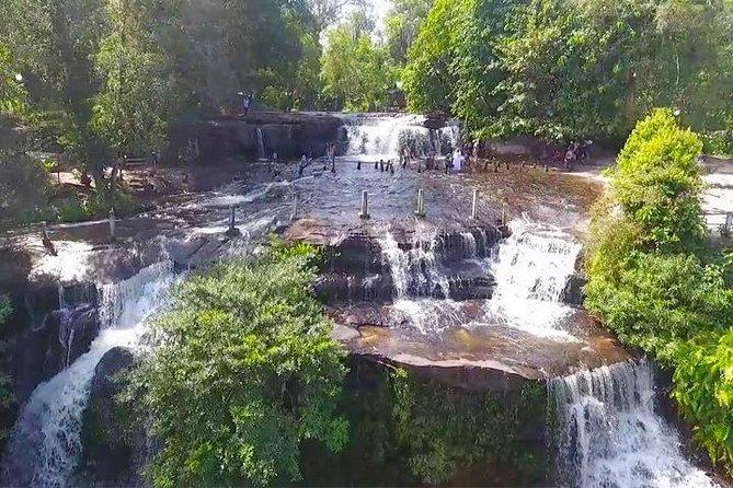 Join Phnom Kulen, 1000 Linga River and Waterfall Small Group Day Tour, Angkor Wat, CAMBOYA