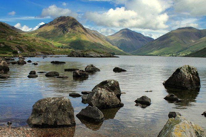 One of the UK's World Heritage Sites, The Lake District offers outstanding, rugged countryside unlike anywhere else in the country with mountains and of course lakes appearing at every turn.<br><br>This self-guided walking tour moves away from the tourist traps to immerse you in the tranquillity of the lakes, set against the backdrop of England's highest mountain peaks.