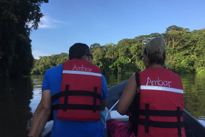 On this tour, you will put aside your worries, you will relax and enjoy the immensity of the very humid tropical forest of Costa Rica.<br><br>Some important aspects to take into account:<br><br>Canoes are small boats. Maximum 8 people per canoe (typical canoe with paddles). It is worth mentioning that it is not necessary to row if you wish, the guide will do it.<br><br>We offer 3 different schedules to make the tour, however, we recommend doing the 6:00 am, since at this time the animals are more active and the temperature is the best.<br><br>If you carry your camera, do not forget to take something to protect it against water, since the weather conditions are quite unpredictable and it can rain at any time.
