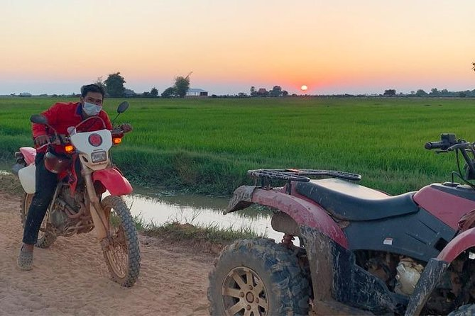 See more of Siem Reap by getting off-road and on four wheels. Spend two hours navigating dusty tracks and rural roads, exploring local villages and finding a remote location to watch the pink sun set over the stunning Cambodian countryside. Before setting-off, instructors assess each rider's ability and will tailor a course to match - with trails suitable for riders of all abilities.<br><br>- Professional guide leads the 2-hour quad-bike adventure, ensuring riders' safety<br>- The course is set according to riders' ability, preference, and the season<br>- Quad-bike, safety equipment, bottled water and fresh towels are provided<br>- Tuk tuk from Siem Reap hotels and guesthouses to departure location included