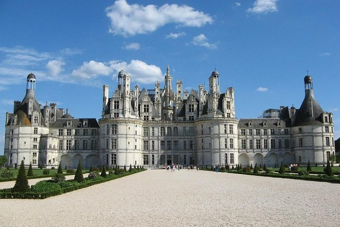 Take a 2-hour walking tour of Chambord Castle with a local guide and enjoy an excursion tailored to your tastes. Start at the entrance of the castle, explore the castle's beautiful interior, then head to the French formal gardens.<br><br>Delight in a magical atmosphere and extraordinary architecture at a castle imagined by King François I. Surrounded by a wonderful forest, the castle dates from the 16th century. Discover the history of this place, and learn about a millennium of French history that includes Leonardo Da Vinci, the French Revolution, and modern history with your expert guide.<br><br>After exploring the castle, wander around the picturesque French formal gardens. Dating from the 18th century, the gardens were replanted in 2017.