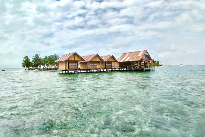 3D/2N - NEWLY OPENED Private Over-Water Cabin in San Blas Islands PLUS Day Tour, Islas San Blas, PANAMÁ