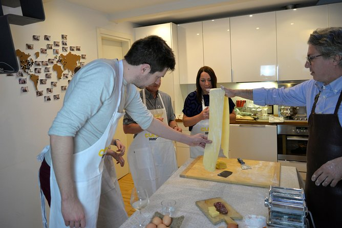 Enter an authentic canteen in fascinating Mantua and experience this 3-hour hands on cooking class with a passionate local chef. Enjoy the lunch or dinner accompanied a fine selection of wine with your small-group of no more than 10. Hotel pickup and drop-off can be accommodated with advanced notice.