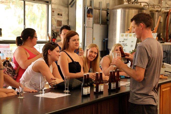 Recorrido en vehículo 4x4 sobre la cerveza artesanal y visita a la fábrica de cerveza con cena de 2 platos incluida, Adelaida, AUSTRALIA