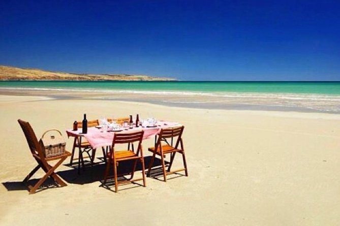 Small-Group Fleurieu Peninsula Food and Wine Experience by 4WD Including 3-Course Lunch, Adelaida, AUSTRALIA