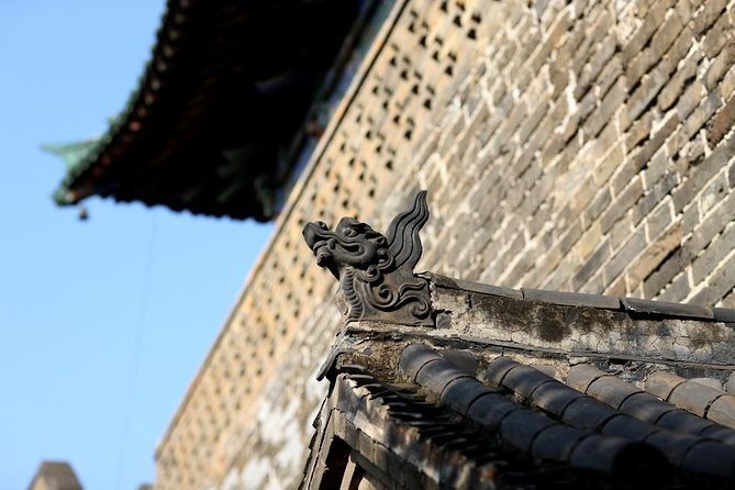 All-Inclusive Private Day Tour to Longmen Grottoes and Luoyang Ancient Town, Luoyang, CHINA