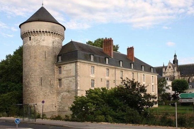 Tours: Private Walking Tour of the Historical Center, Loire Valley, FRANCIA