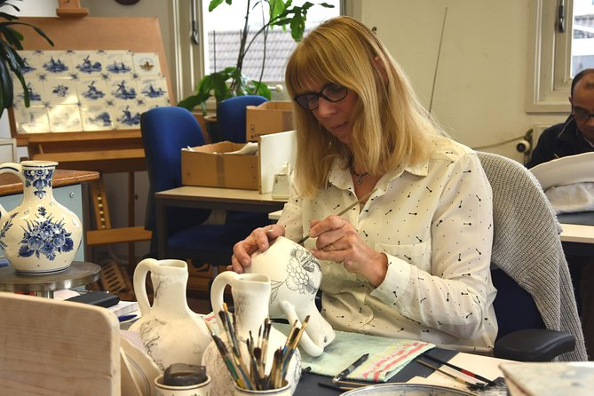 Delft Pottery Factory Private Guided Tour, The Hague, HOLLAND