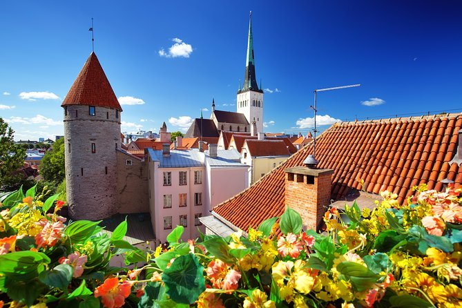 Explore the best of Tallinn's highlights in five hours with a comprehensive private tour with your own professional guide and private driver. With ample opportunity to explore, see the most famous landmarks of the Old Town and discover Kadriorg Park, then catch a glimpse of Pirita, Tallinn's modern district. Take a break for coffee at a local establishment, included with your tour. Choose from round-trip transportation from the cruise port, or pickup up from a Tallinn hotel at a time of your choice.