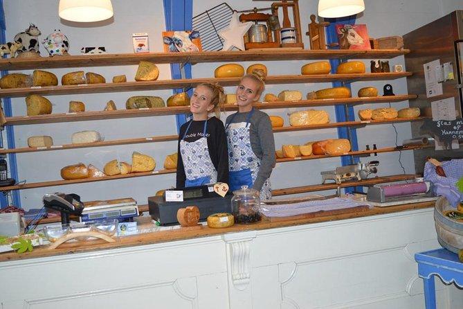 Gouda Cheese Experience & Non Tourist trap visit Cheese Farm & Windmills, Gouda, HOLANDA