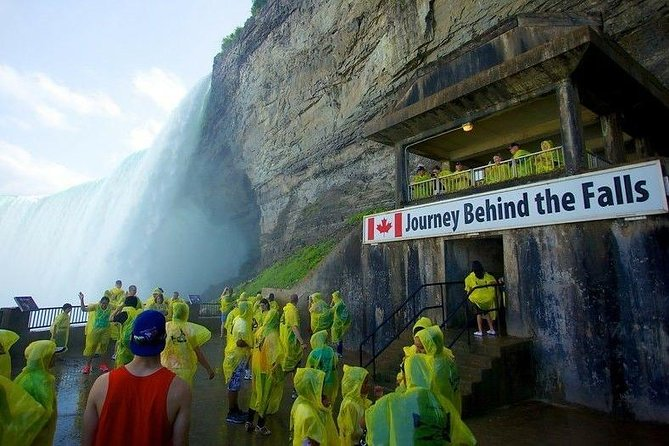Round Trip: Private Transfer Between Buffalo Airport and Niagara Falls Canada, Cataratas del Niagara, CANADÁ