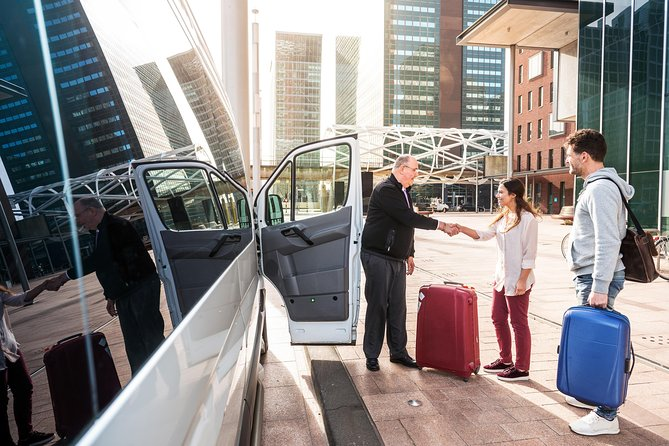 Private arrival transfer from Alicante Airport to Benidorm (hotel or address), Alicante, ESPAÑA