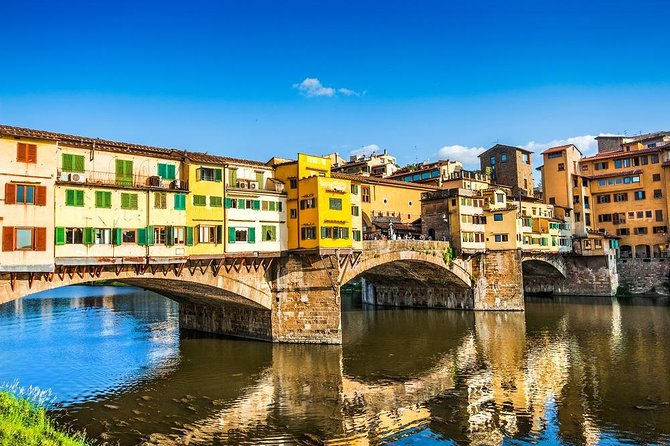 If your cruise ship is docking in Livorno and you'd like to spend your time in port exploring Florence, you'll need round-trip transportation to get there. Pre-book your transfers from the Livorno port to Florence, and enjoy a hassle-free experience ashore! There's no better way to get from your cruise ship port to Florence than with this professional, efficient transfer service.