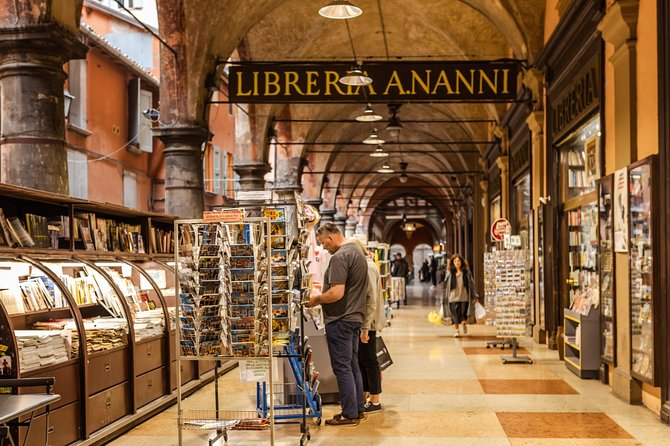 Private And Personalized Experience: See Bologna With A Local, Bolonia, ITALIA