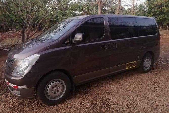 Buseta para 11 pasajeros, Tamarindo, COSTA RICA