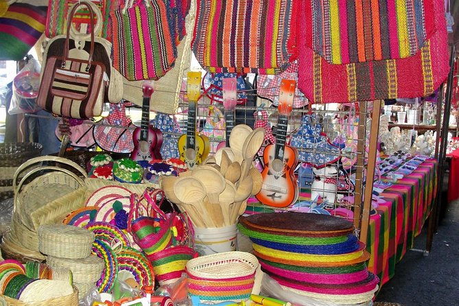 Tonalá and Tlaquepaque Crafts and Art Small-Group Tour, ,