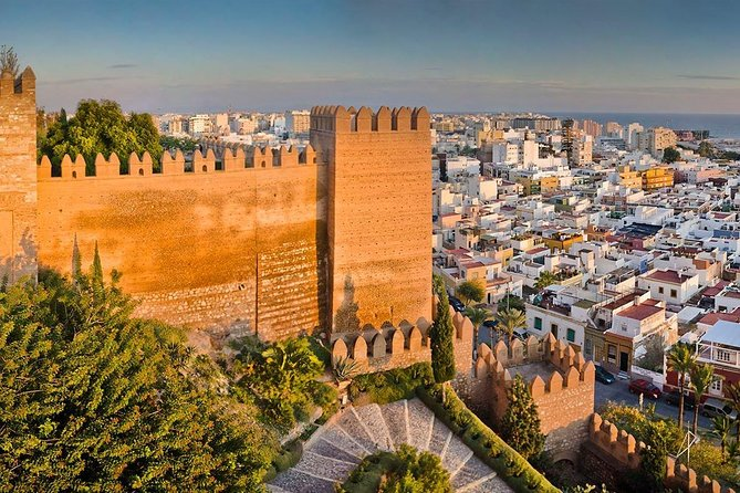 Discover the Alcazaba of Almeria, one of the largest in Spain today. We will enter the three internal enclosures that it has, where we will visit the Towers of the Odalisque and the Gunpowder, the Tower of Mirrors, the Wall of the Candle, the Muslim reservoirs and royal baths, and the domestic dwellings, not forgetting the patios and gardens with water pools that it has. We will also see the walls of Jairán and the Cerro de San Cristóbal. And finally, we will make a panoramic view of the city and the seaport from the Baluarte del Saliente.<br>Alcazaba of Almeria