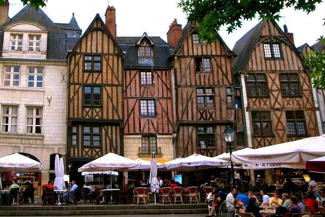 Lunchtime Food Tour of Tours, Loire Valley, FRANCIA