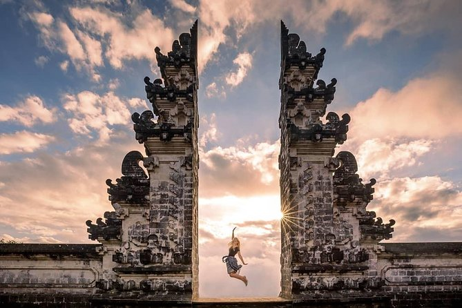 Want to visit the Best Bali Instagram Sights? <br><br>During this tour you will: <br>Visit the Gate of Heaven (Lempuyang) - the Temple which has become the hallmark of Bali and one of the most photographed places in Asia<br> Visit beautiful Tirta Gangga - water palace, surrounded by a lush garden and stone statues, where you can feed and touch beautiful colored fish in the pond <br>Take a short walk through the jungle and river to the cave where will find a Waterfall with shining rays through the gap in the tropical trees, which is well known as Tukad Cepung - the most scenic hidden waterfall <br>Experience the incredible joy of being on a Swing among the tropical jungle <br> Learn about coffee processing and do the coffee testing<br> Stroll through the famous rice fields. See how the farmers do their daily activities, enjoy the wonderful views of the jungle and the Tegalalang valley <br>Let's explore Bali! <br>