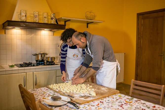 Private pasta-making class at a local's home with tasting in Aosta, Aosta, ITALIA