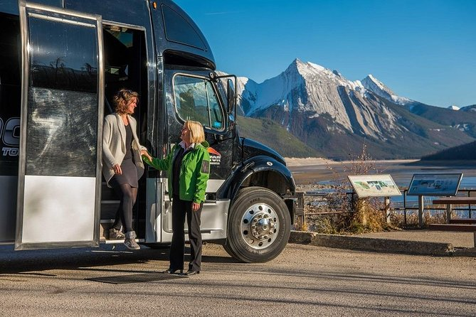 Shared Transfer: Jasper to Edmonton Airport or Edmonton Mall, Jasper, CANADA