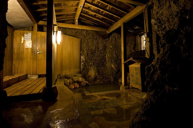 This is a rare chance to stay overnight at a hidden hot-spring village with a unique history. Hijiori-onsen is one of the ancient entrances to Dewasanzan, the 'Three Holy Mountains of Dewa'. A pilgrimage through all three mountains (Mt. Haguro, Mt. Gassan and Mt. Yudono) is believed to represent a journey of rebirth, with the mountains representing the present, the past and rebirth respectively. The journey gives pilgrims the chance to both reflect on their lives and reconnect with nature by receiving the spiritual power of the mountains. One way of receiving this power is to eat 'Shojin Ryori' (Japanese Shinto vegetarian cuisine) made with the wild local vegetables from the mountains. Traditonally, visitors would eat a Shojin Ryori meal made with vegetables and mushrooms from Mt. Gassan and purify themselves in the hot-spring water of Hijiori before beginning their pilgrimage.