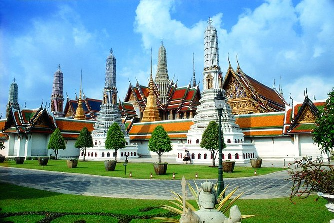 Combining two tour programs into one half day and see the magnificence of three of the most amazing temples, and see the Grand Palace, former home of the Kings of Thailand, one only can image that this will be a must-do tour when in Bangkok.<br><br>• See three of Bangkok's most revered temples<br>• Enter the large realm of the former Grand Palace <br>• Get a view of the daily hustle and bustle in the capital;<br>• Be guided by true local experts in their country;<br>• Return transfers from and to your hotel are included<br>