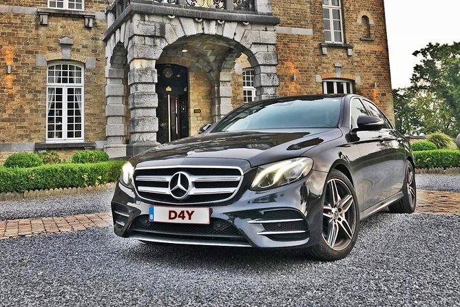 Book your Airport Transfer from Brussels Airport Zaventem to Brussels City Center<br><br>Car:Mercedes E Class for 3 passengers<br><br>60mn waiting time for Airport Transfers,15mn waiting time for all others Pickups<br>
