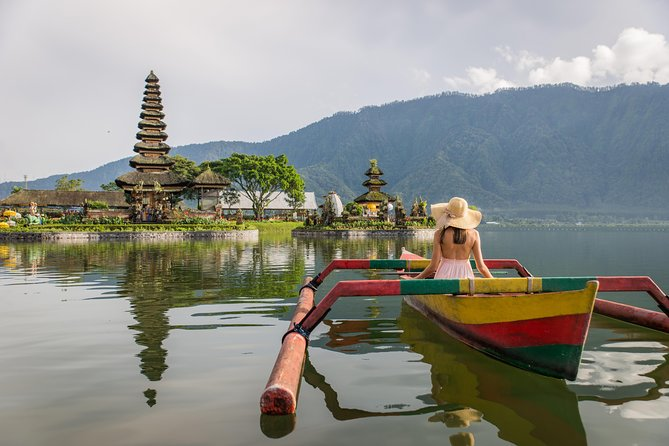 Experience Best of Bedugul on this 8 to 9-hour private northern Bali tour accompanied by experienced driver-guide to visit: Ulun Danu Beratan Temple & Lake, Gitgit Waterfall, Twin Lake Wanagiri Spot, Coffee Plantation & Testing and Jatiluwih Rice Terrace. This private tour is great choice for solo, couple, family and small-group up to 5 travelers.<br>*Tour Inclusions:Private air-conditioned car, driver-guide, all entrance tickets as per itinerary, mineral water and parking fees.<br>**Pick up and drop off: Sanur, Ubud, Canggu, Seminyak, Legian, Kuta, Benoa, Nusa Dua, Jimbaran and Denpasar.