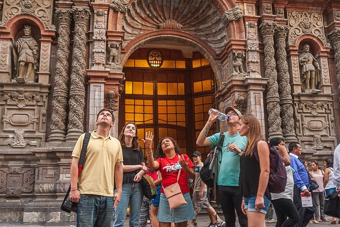 Street Food & Old Taverns Night Tour in the Historic Center of Lima, Lima, PERU