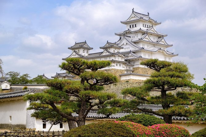 This private and customizable tour for Himeji is perfect for guests who would like to have their own itinerary planned based on their interests and preferences, allowing guests to experience the city at their own pace.