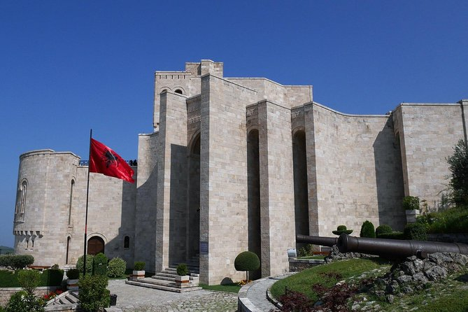 Round Trip Albania, Tirana, Albânia