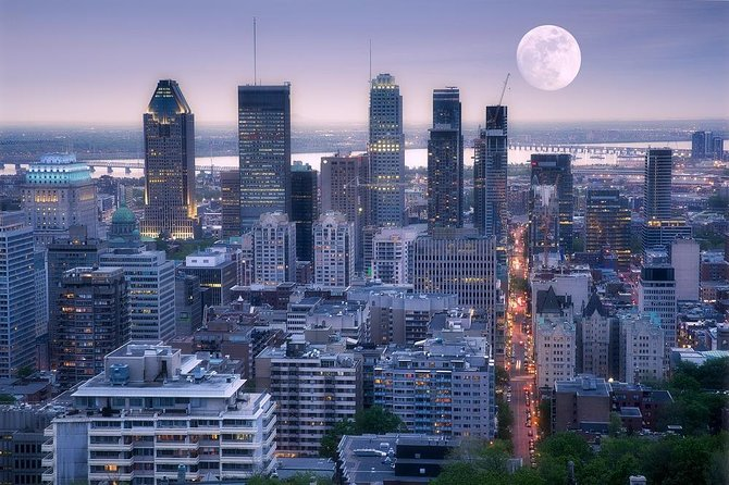 Night on Montreal Tour, Montreal, CANADA