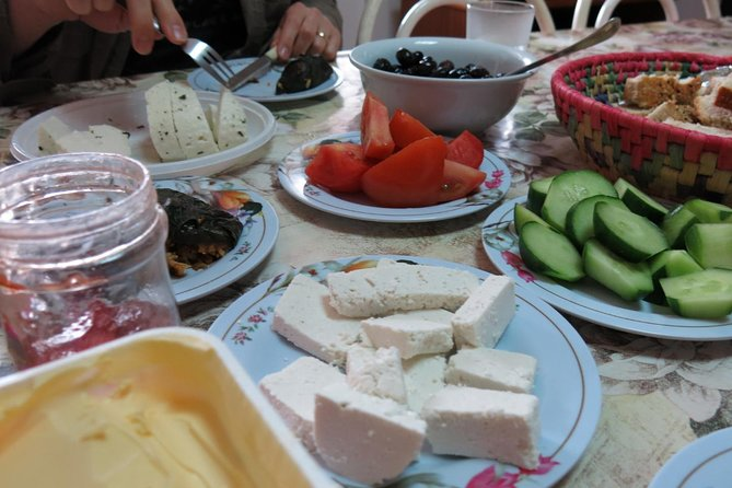 Saturdays - Halloumi Heaven: Cheese-Making Class & Troodos Mountain Villages 8h, ,