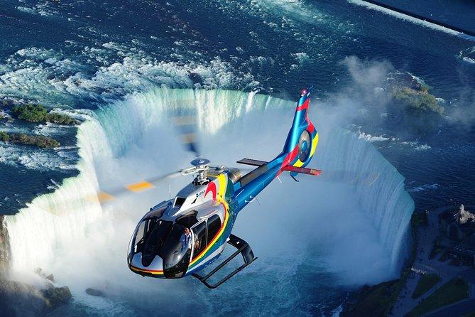 Visita definitiva a las Cataratas del Niágara con paseo en helicóptero y almuerzo en la torre Skylon, Cataratas del Niagara, CANADA