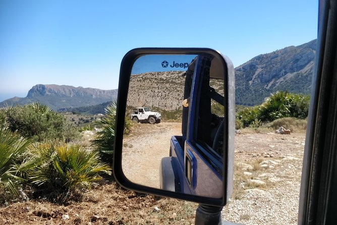 5 hours Real Off Road + 2 Hours Lunch/Coffee stop. Self Drive in an open Jeep Wrangler You experience the smells and feel the freedom off the mountains. Drivers must have a minimum of 3 years driving experience.