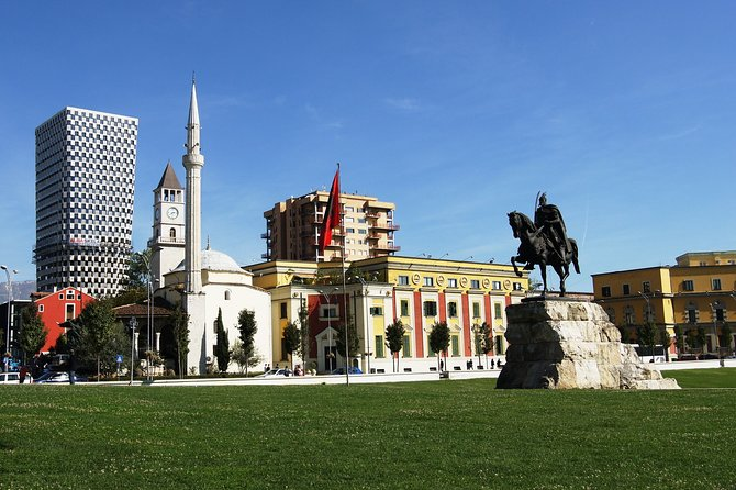 Albania to Macedonia, Tirana, Albânia