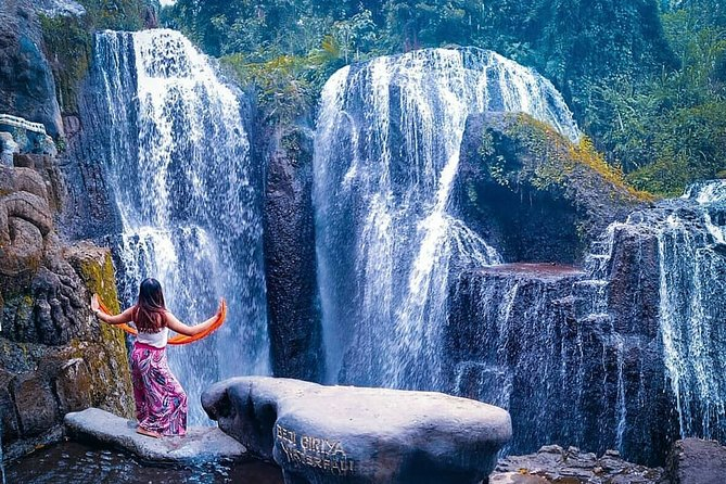 One Day Tour is a tour program that we make to make it easier for you to plan a vacation on the island of Bali, as for programs that we make from 1 days of tours to 7 days of tour programs at quite affordable prices. We know that planning a vacation is not easy, from choosing a place to stay, choosing a tourist attraction to be visited every day. Here we make it easier by making a program so you can choose according to the length of your vacation on the island of Bali. The tour package that we made has gone through a survey process and based on objects and tours that are often chosen by tourists during vacation on the island of Bali. The price of each tour we offer is very affordable, you don't need to pay a lot of money for holidays, here the packages are very cheap. In addition to tour packages we also provide custom tour services, namely tour packages where tourism objects will be visited according to your wishes.