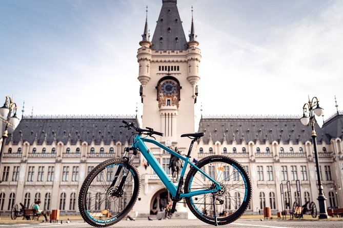 Discover Iasi is offering for rent good quality electric bikes with which you can visit and see the city. <br>We are going to suggest to you routs depending on what things you prefer to see or visit.<br>You can rent an electric or a simple bike. <br>You can rent a bike alone or with a group of people. (Up to 10 electric bikes for adults)