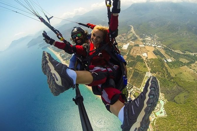 This tour start from Kemer we dont have transfer from ANTALYA!!!<br><br>Kemer Paragliding - Olympos Teleferik If you don't have any idea about Paragliding, why not enjoy your first experience of a Tandem Paragliding Flight with kemertour Adventures in Olympos – Tahtali Mountain 2365 m. ( World Record !!!).