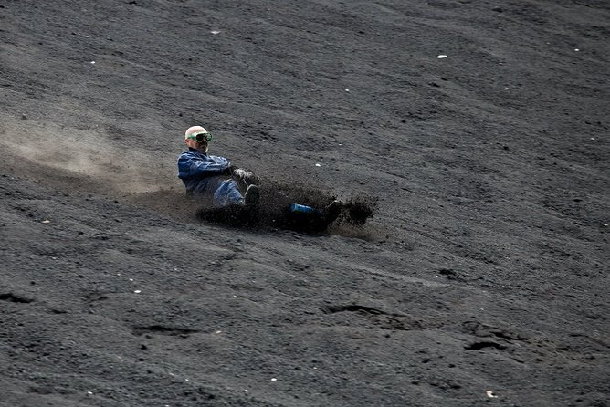 Cerro Negro Volcano Boarding from León City, Leon, NICARAGUA