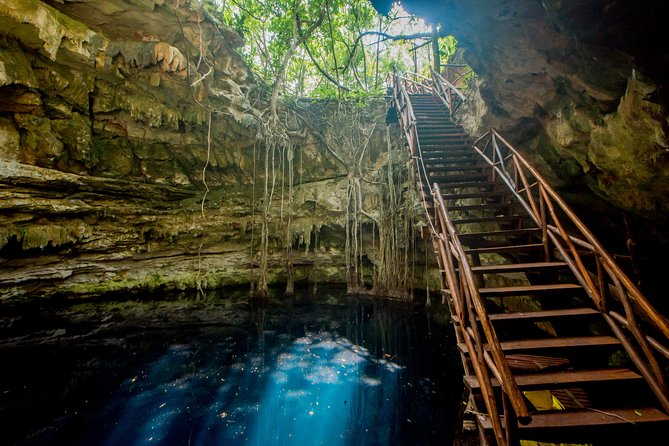 Los 7 Cenotes San Gerónimo offers wonderful closed, open, and semi-open Cenotes, each beautiful and well cared for. Enjoy their crystalline water surrounded by an environment of natural beauty. On this adventure, you'll get to visit 3 until 4 cenotes and enjoy a great experience at each as you swim. You'll also enjoy the excellent facilities of the ranch with a view of a centuries-old Ceiba, beautiful garden and amazing hosts. This is an unforgettable experience in Yucatan, where the doors of the Mayan world will be always open for you.